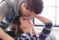 唇以外にもキスしてほしい女性に関する記事
