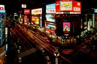 最近のすすきのはすごいです!日本3大繁華街だけあってかなりもりあがっています!!